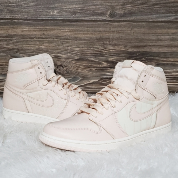 Nike Air Jordan 1 Retro High OG Light Pink Shoes